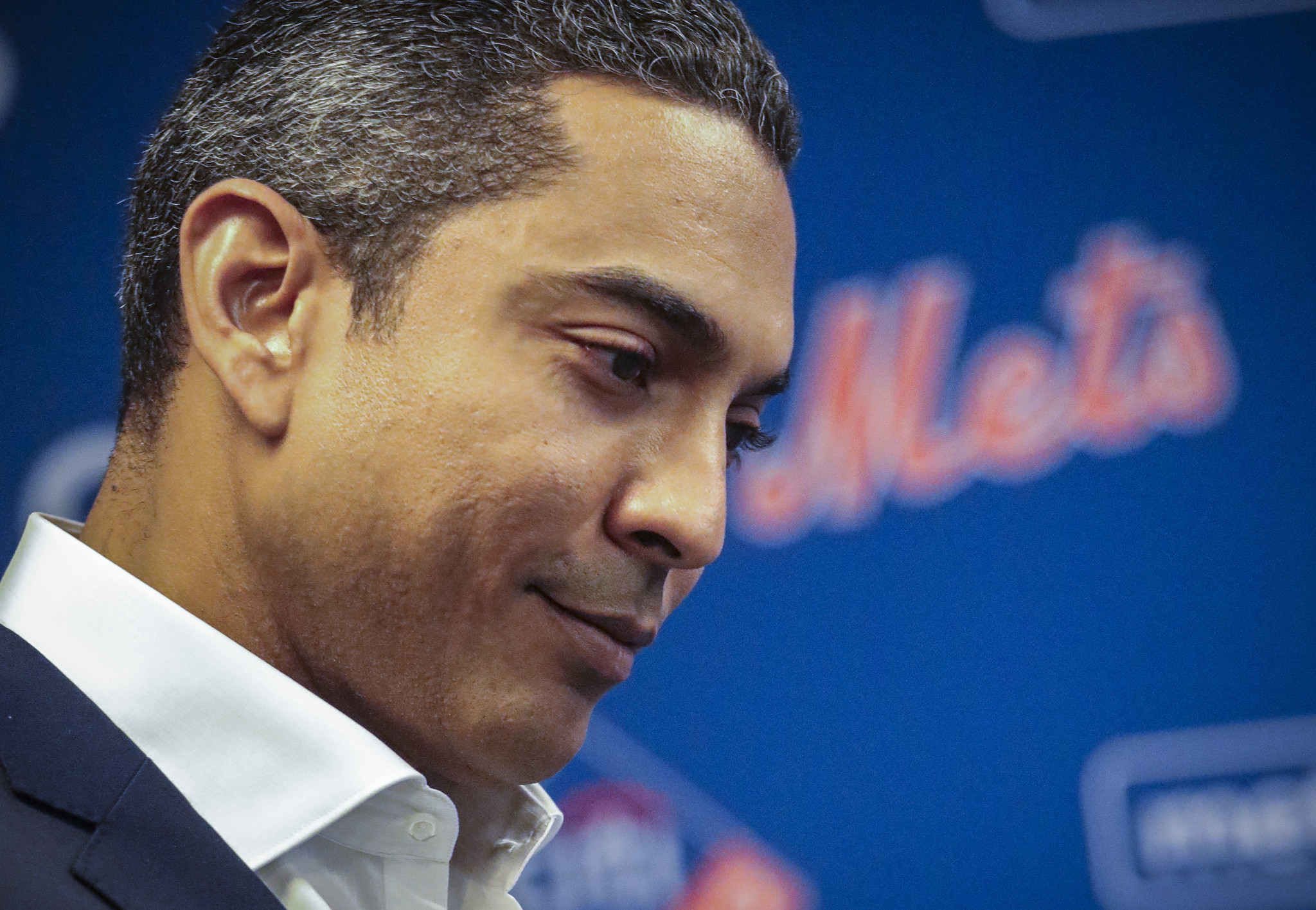 Luis Rojas says he expects Mets 'to be a contender' in first spring training press conference