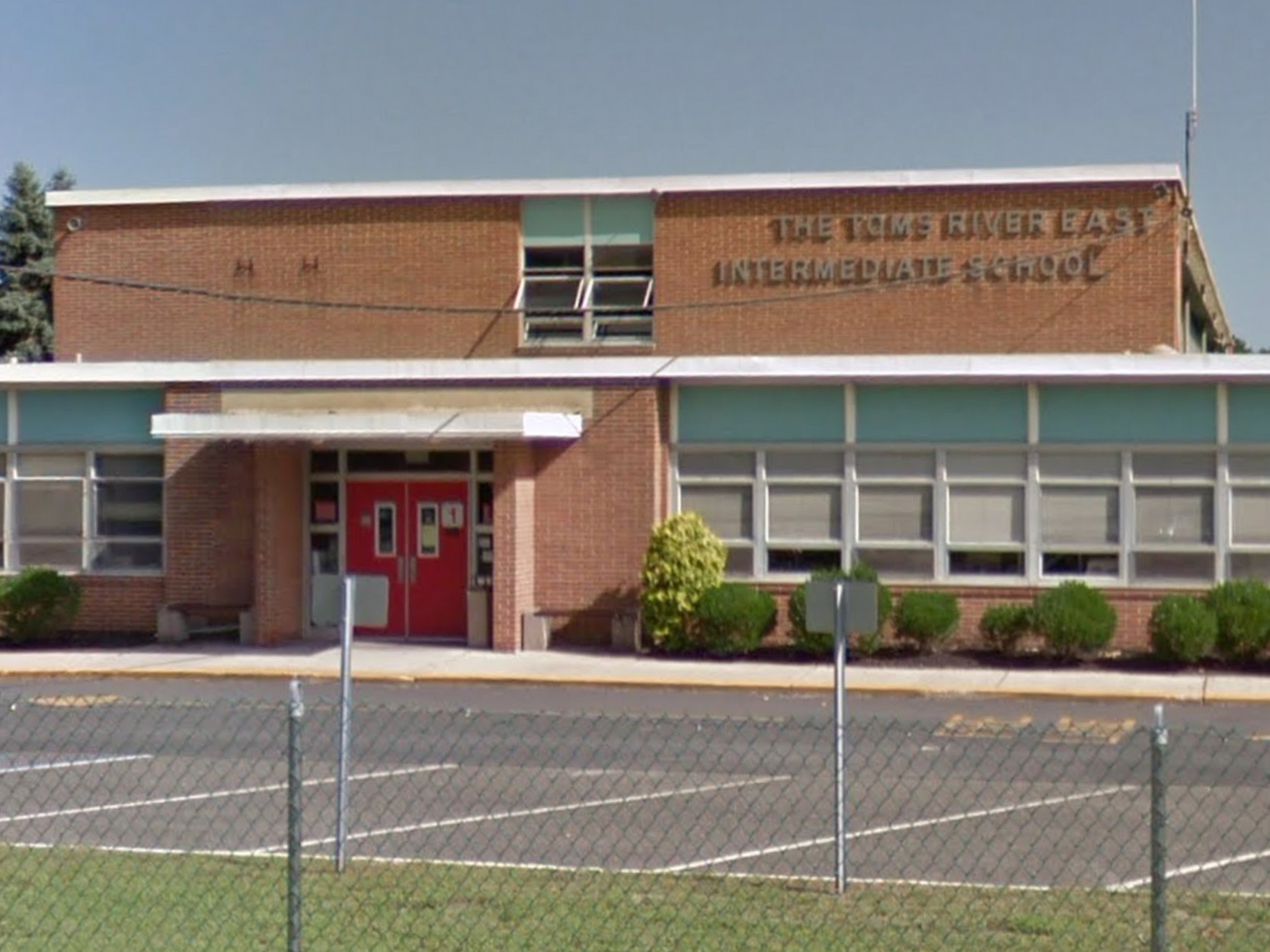 New Jersey teacher under investigation after inappropriate slavery lesson