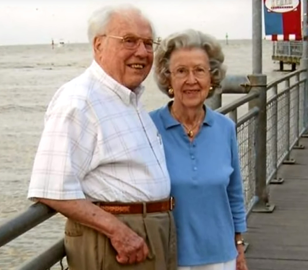 World's oldest couple says 'time does fly' as they enjoy 85th Valentine's Day together