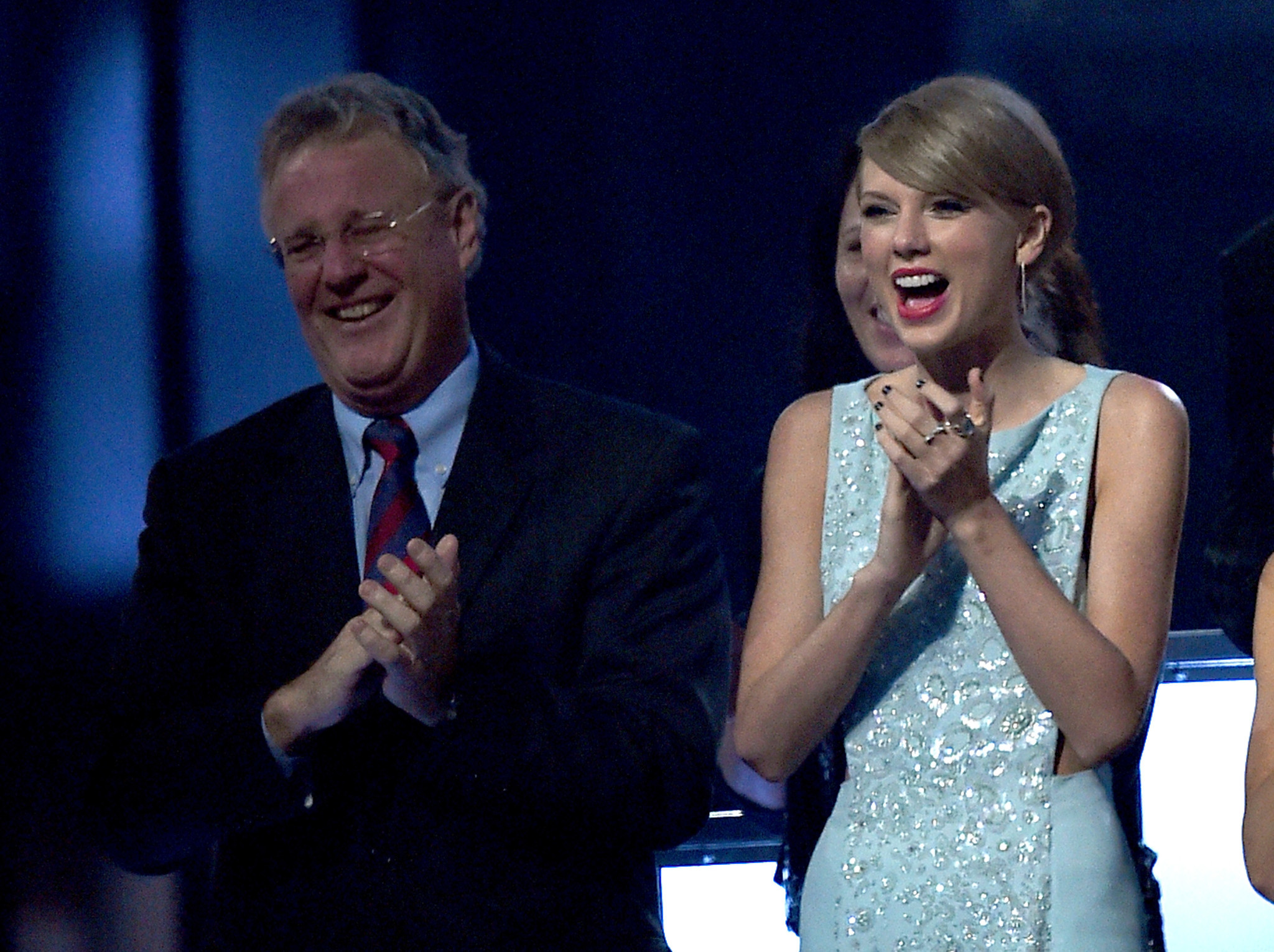 Taylor Swift's dad tussles with burglar in $4 million penthouse