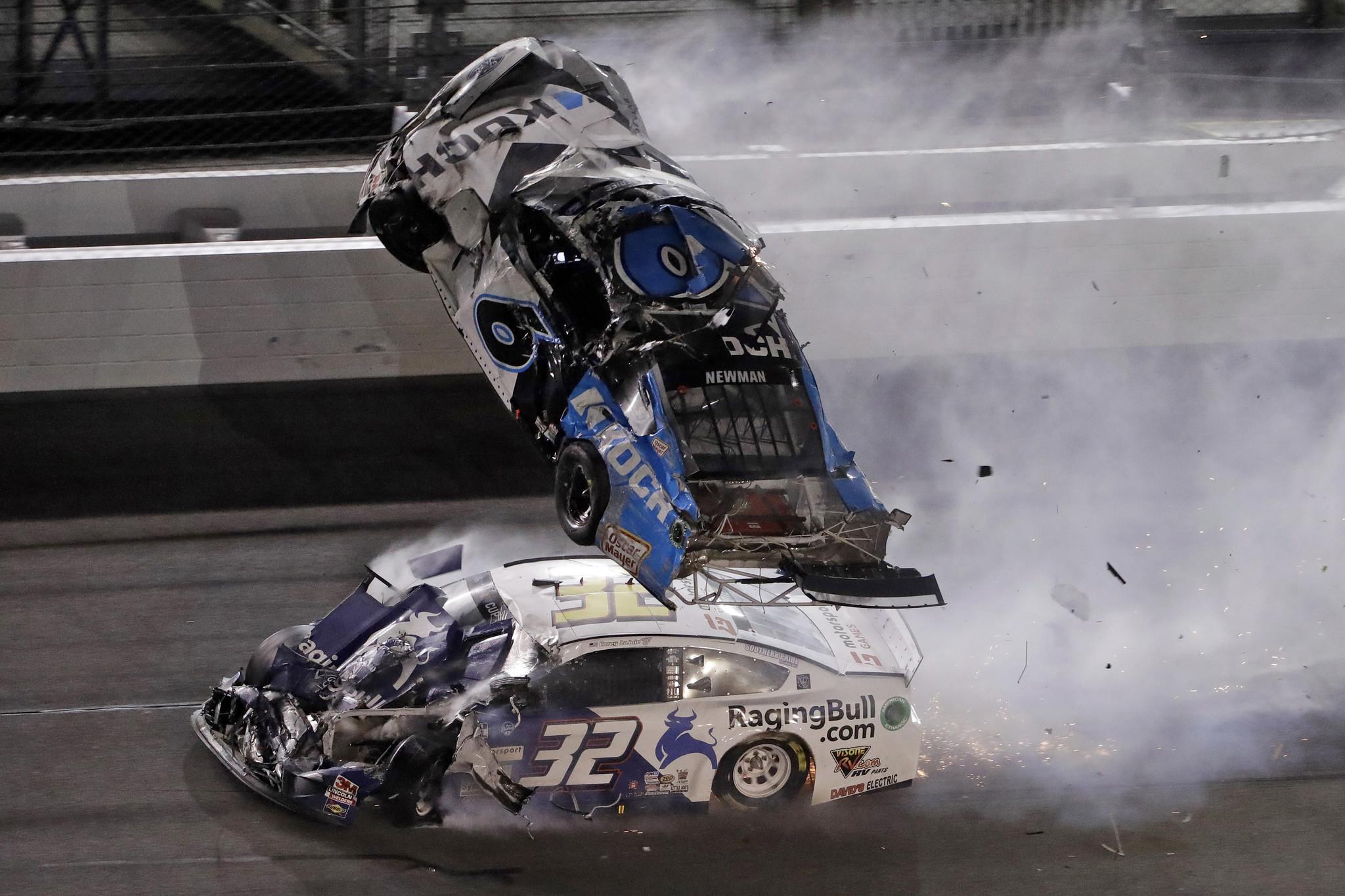 Scary crash at Daytona 500 sends Ryan Newman to the hospital