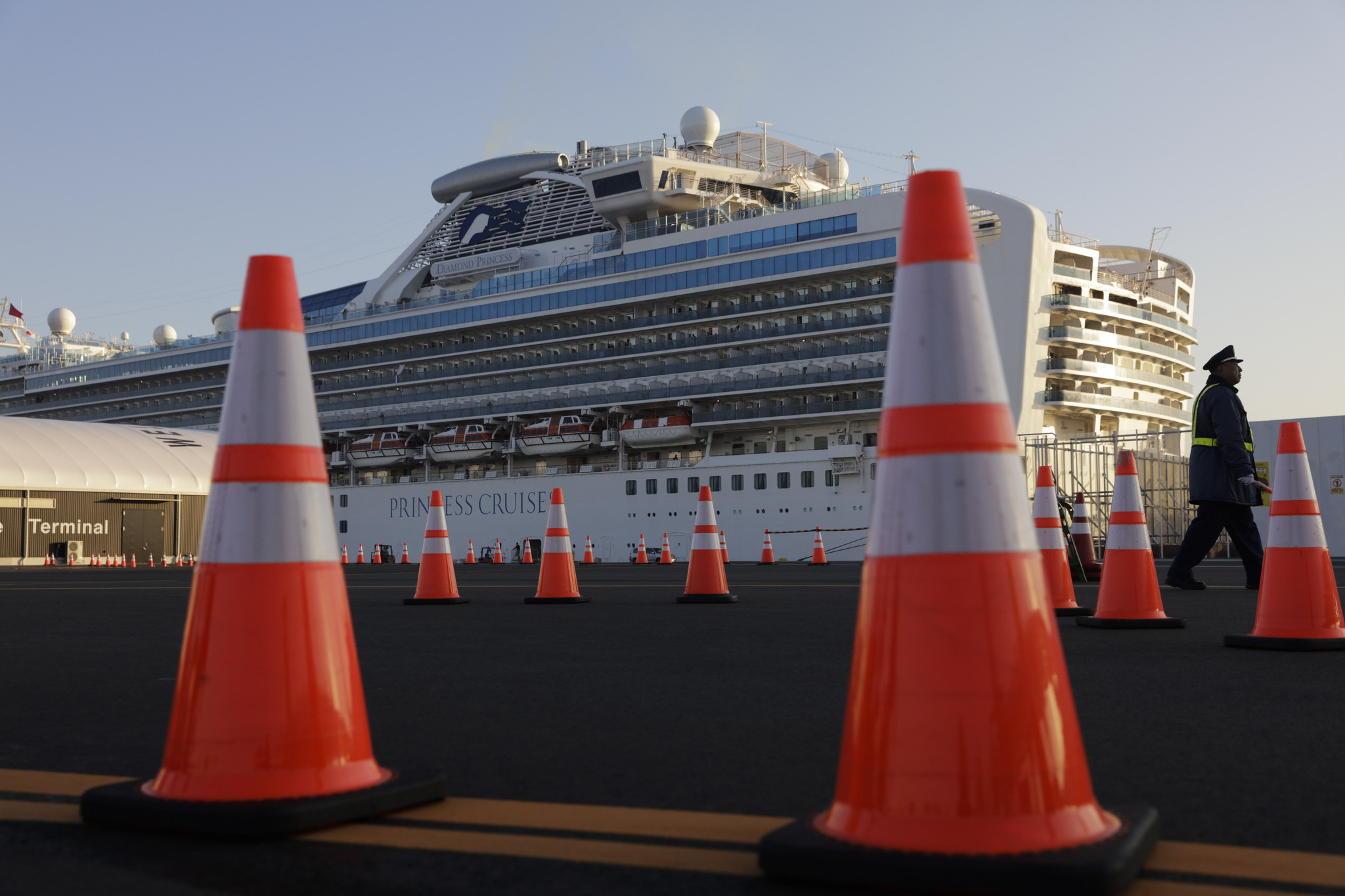 Celebrity chef José Andrés to provide meals for quarantined coronavirus cruise Diamond Princess