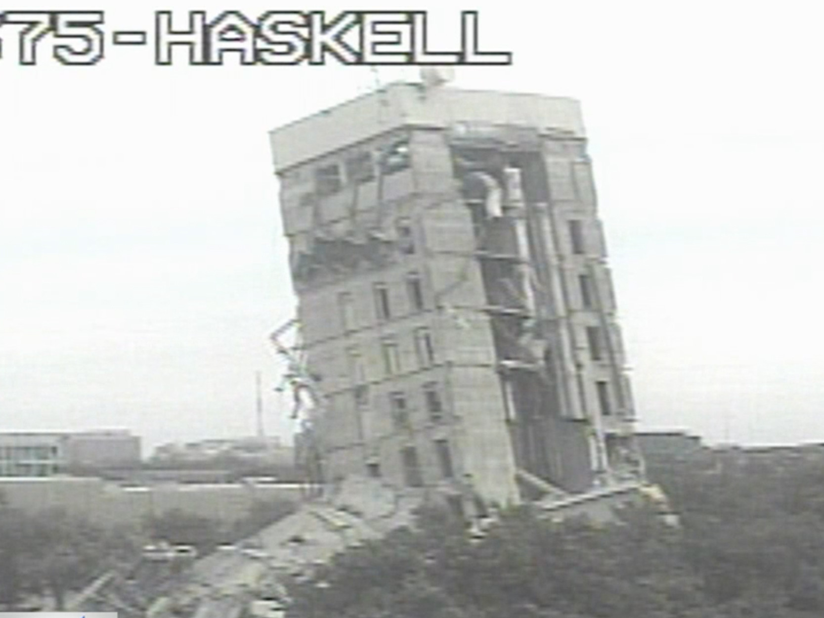 'Leaning Tower of Dallas' goes viral after failed demolition of building
