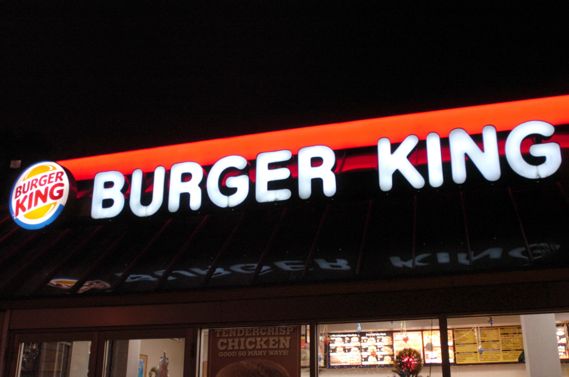 SEE IT: Burger King really wants you to see this moldy, disgusting Whopper – here's why