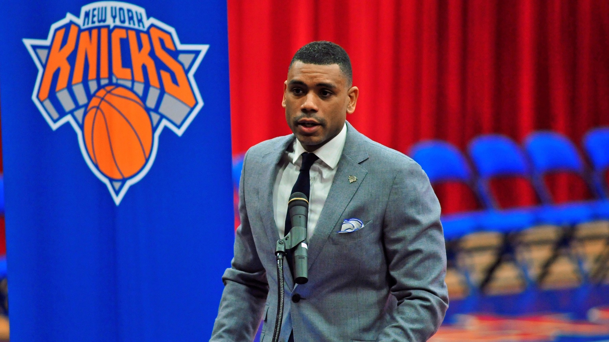 Allan Houston lining up for promotion in Knicks front office shakeup: source
