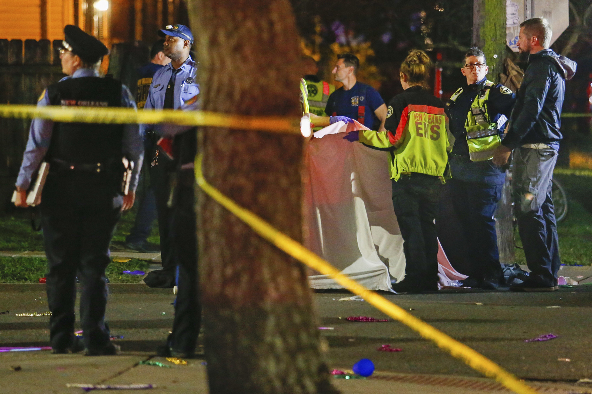 Mardi Gras parade float fatally strikes woman celebrating in New Orleans