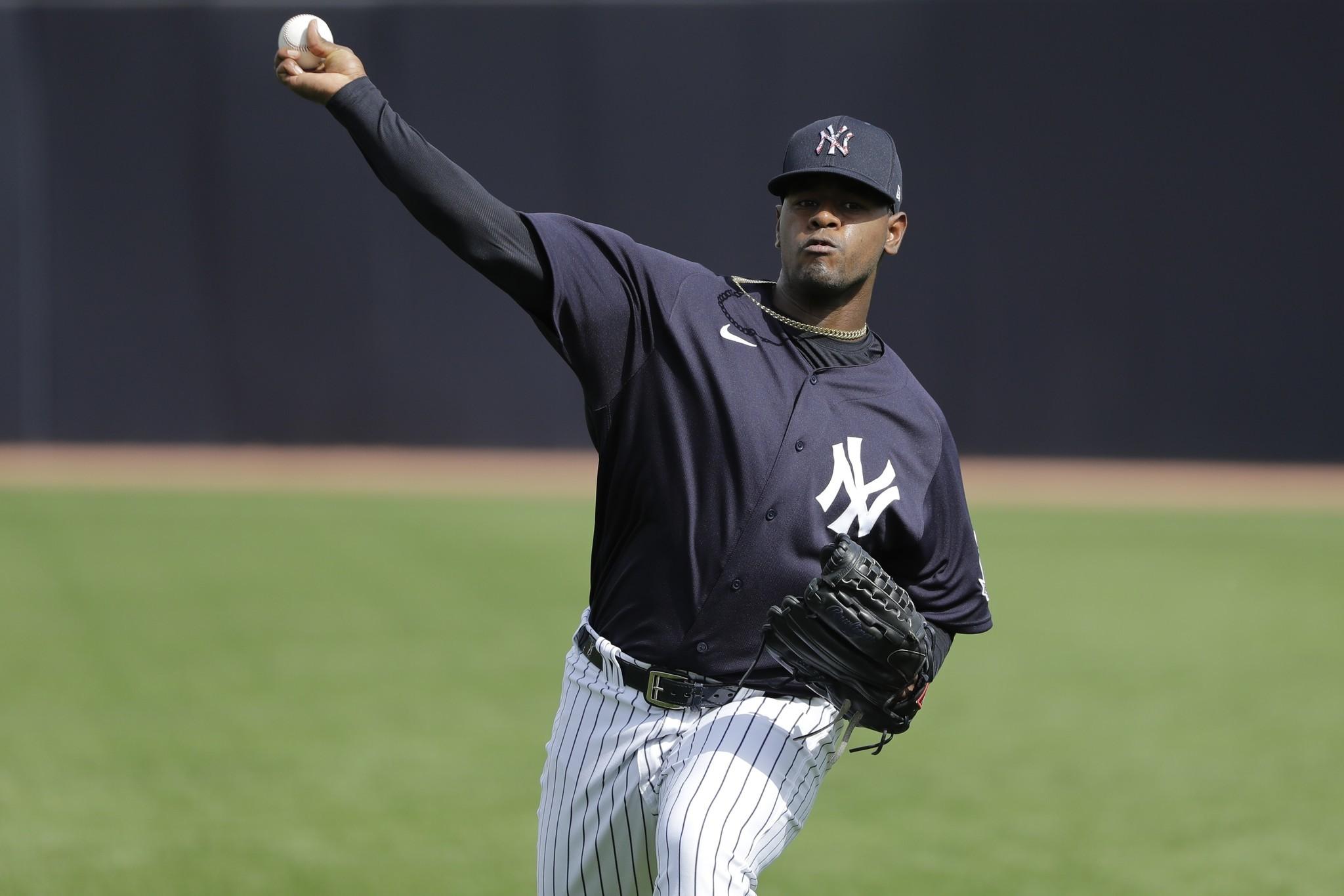 Yankees still 'slow-playing' Luis Severino