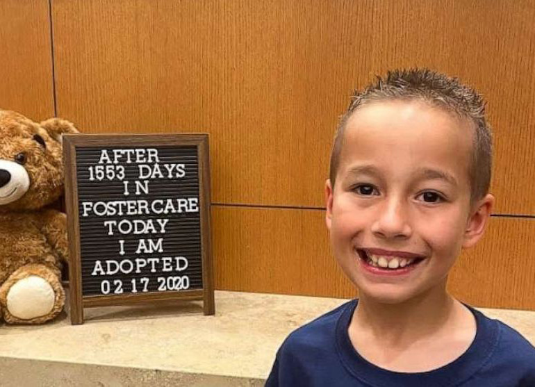 300 people attend adoption ceremony for 8-year-old who waited 1,553 days to officially join family