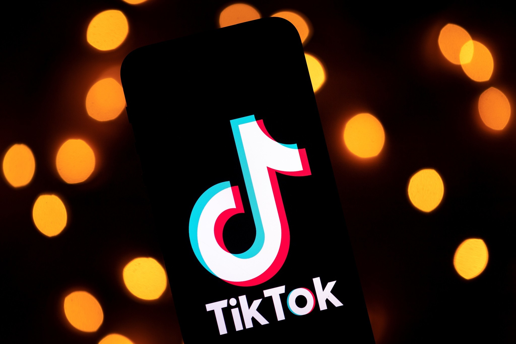 TSA's use of TikTok social media app raises concerns about Chinese spies