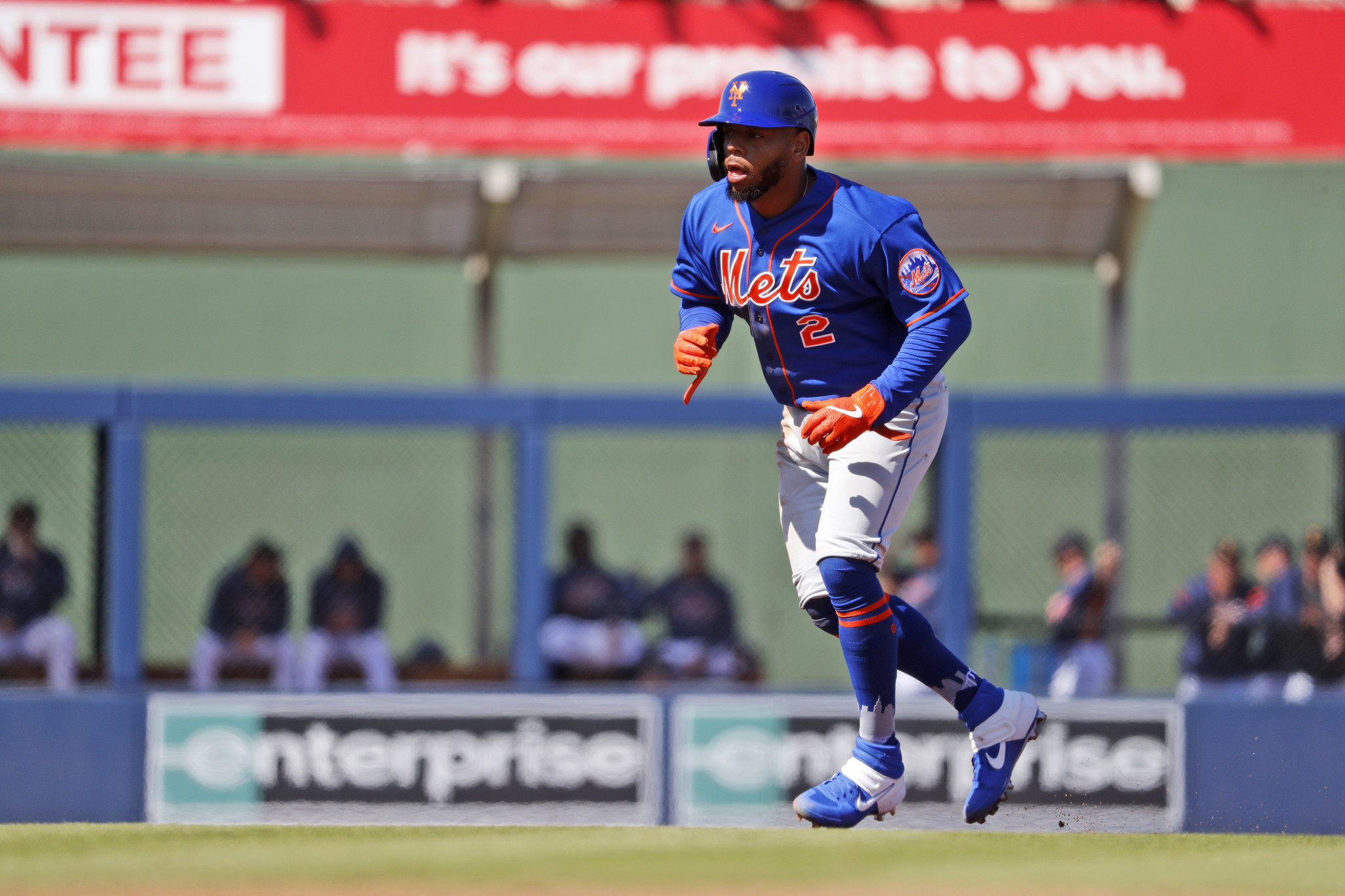 Dominic Smith is content with his unpredictable role for the Mets