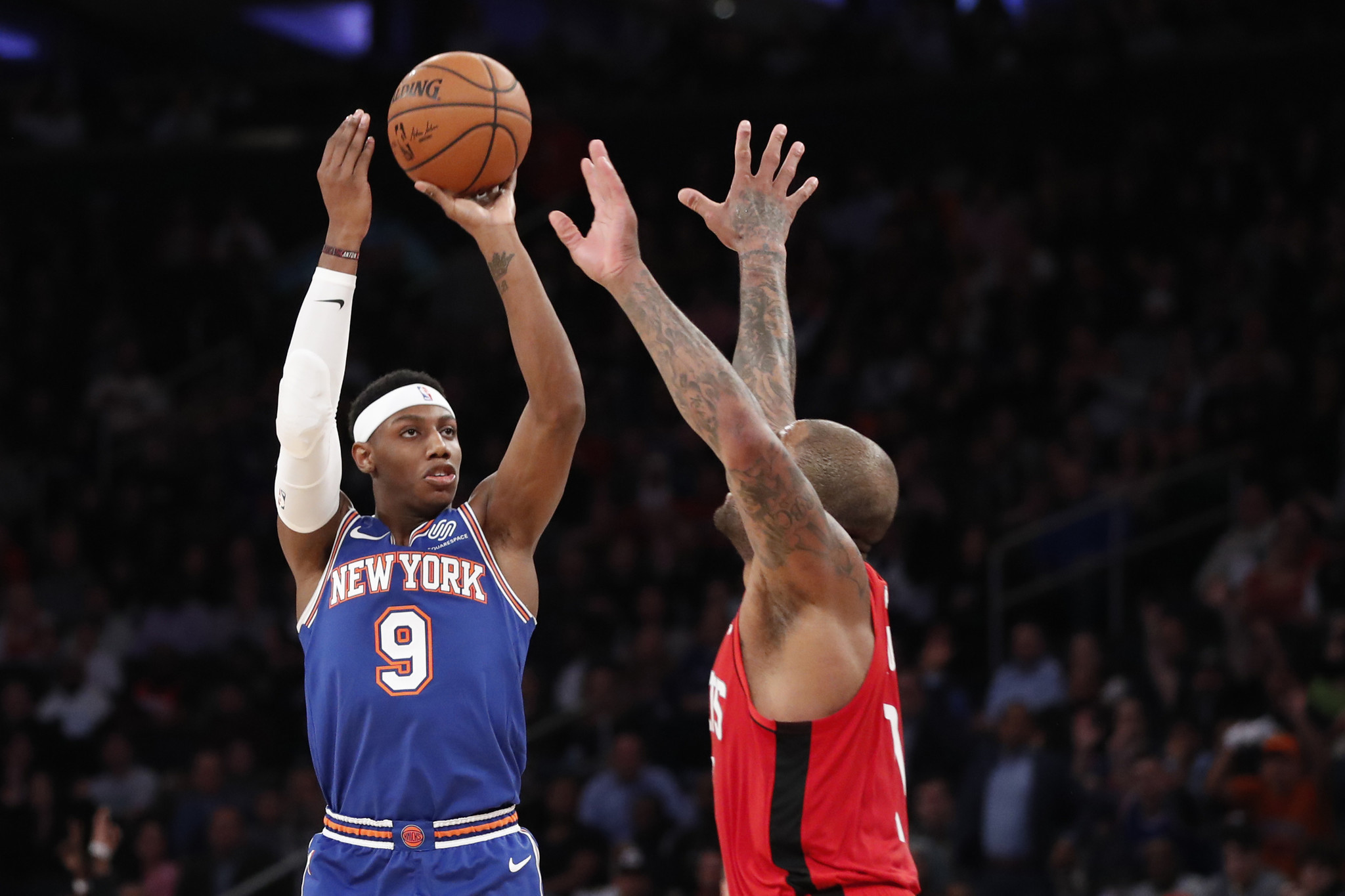 RJ Barrett plays the hero as Knicks beat Rockets and earn applause from Leon Rose