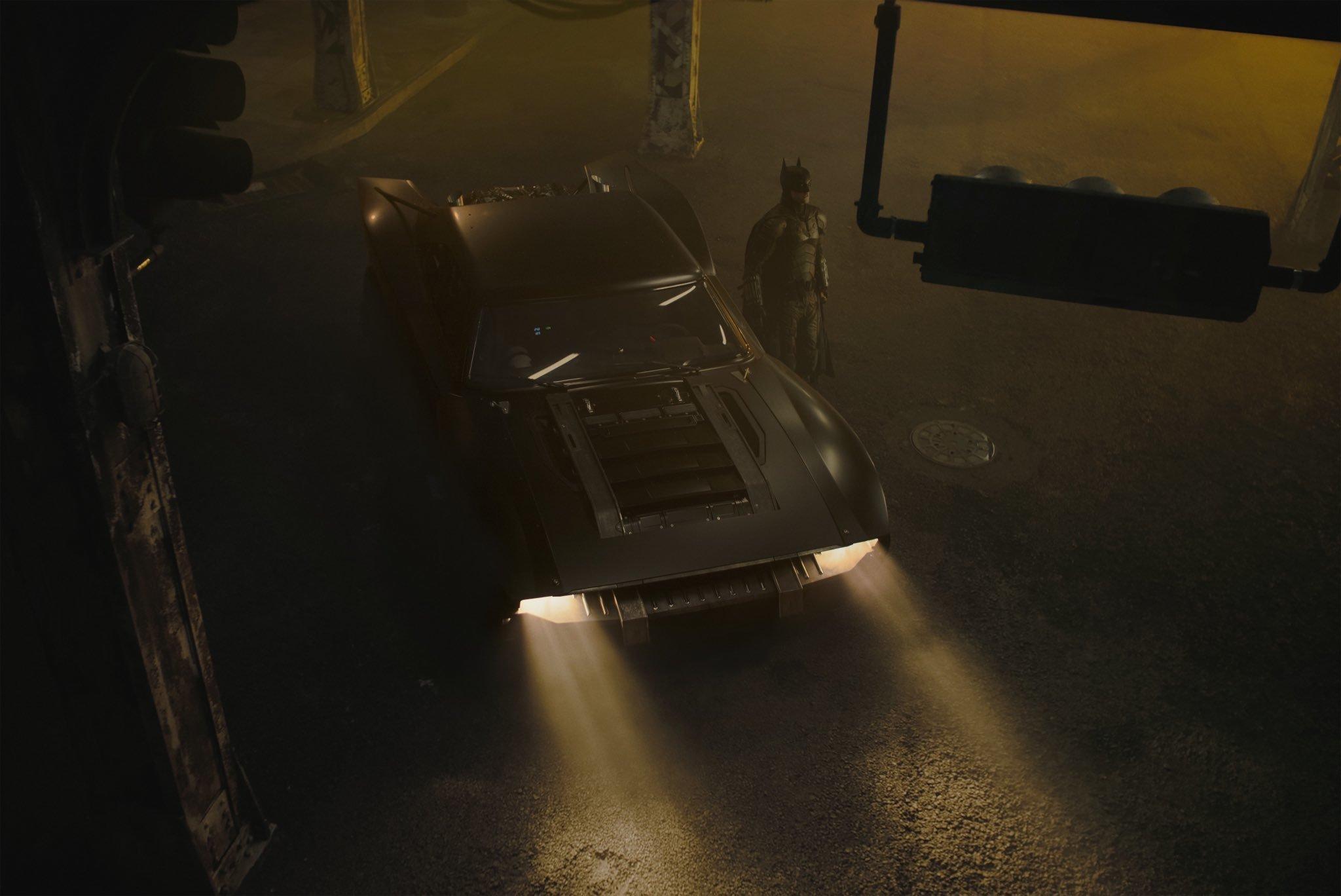 'The Batman' director Matt Reeves shares photos of Batmobile