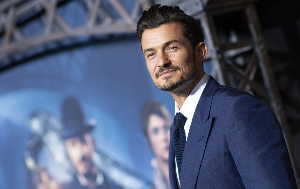 Orlando Bloom coming home to America and will self quarantine
