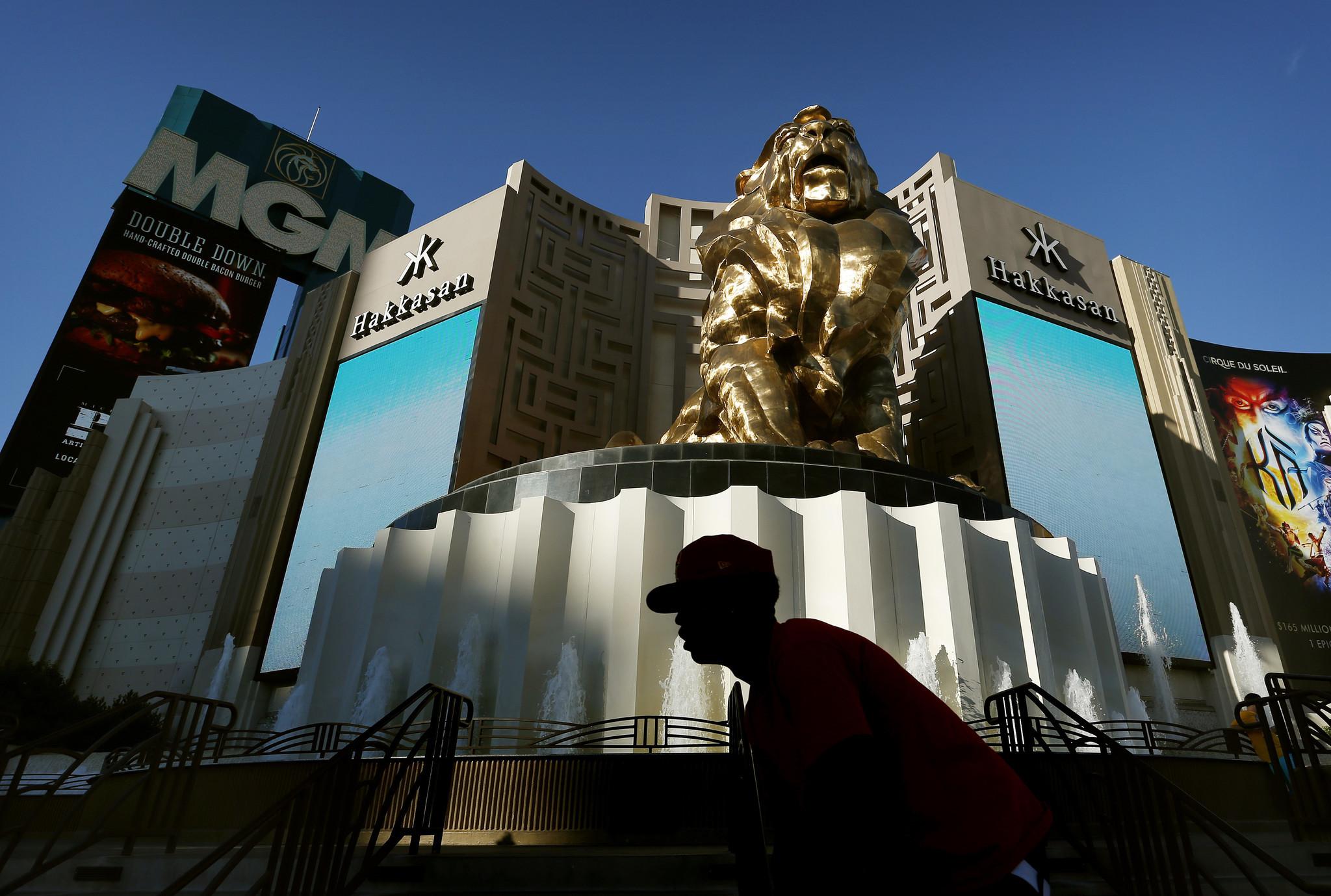 MGM, Wynn shut down Las Vegas resorts to curb coronavirus