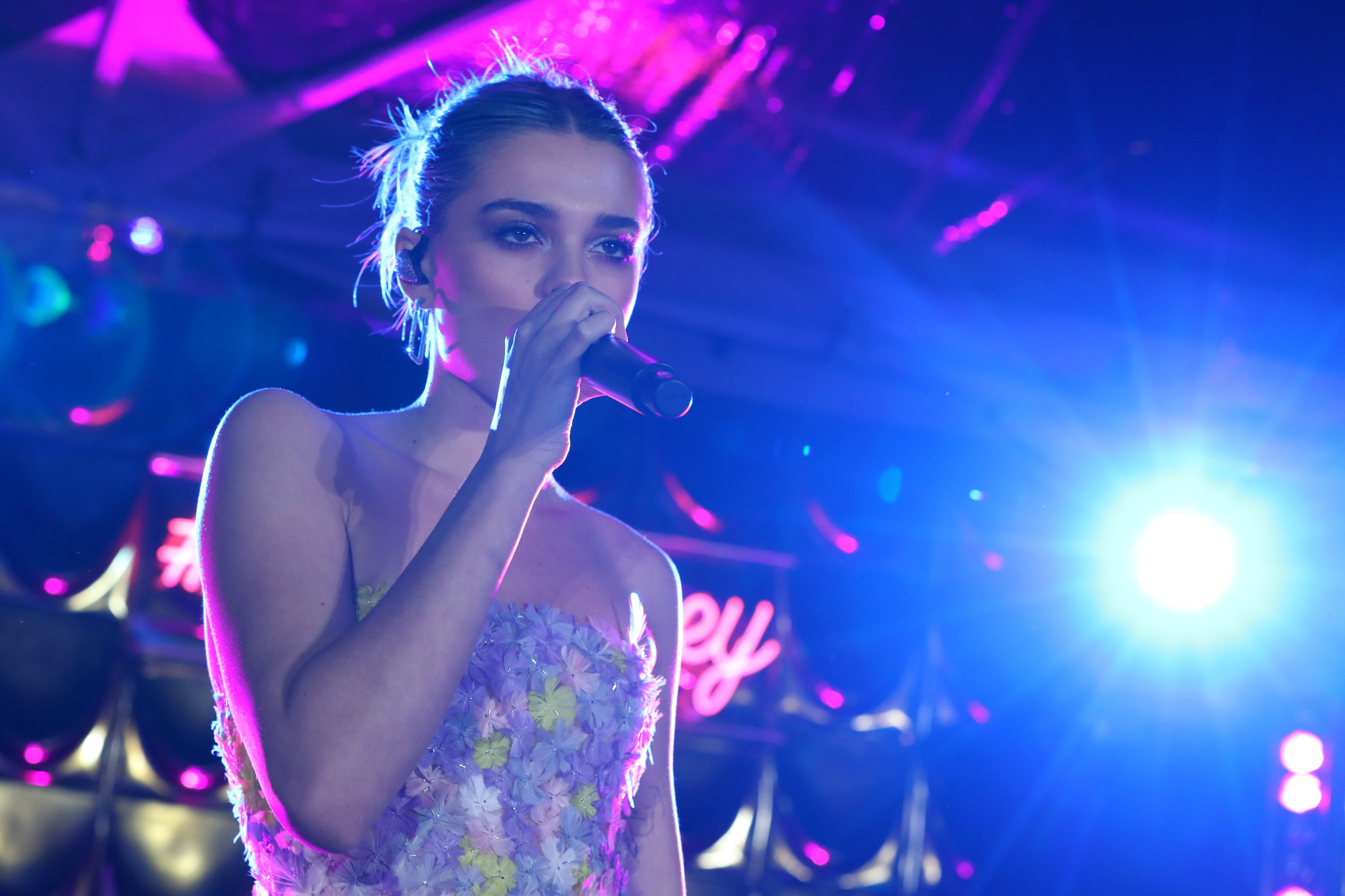 Singer Charlotte Lawrence has coronavirus, urges fans to self-quarantine: 'Think about your grandparents'
