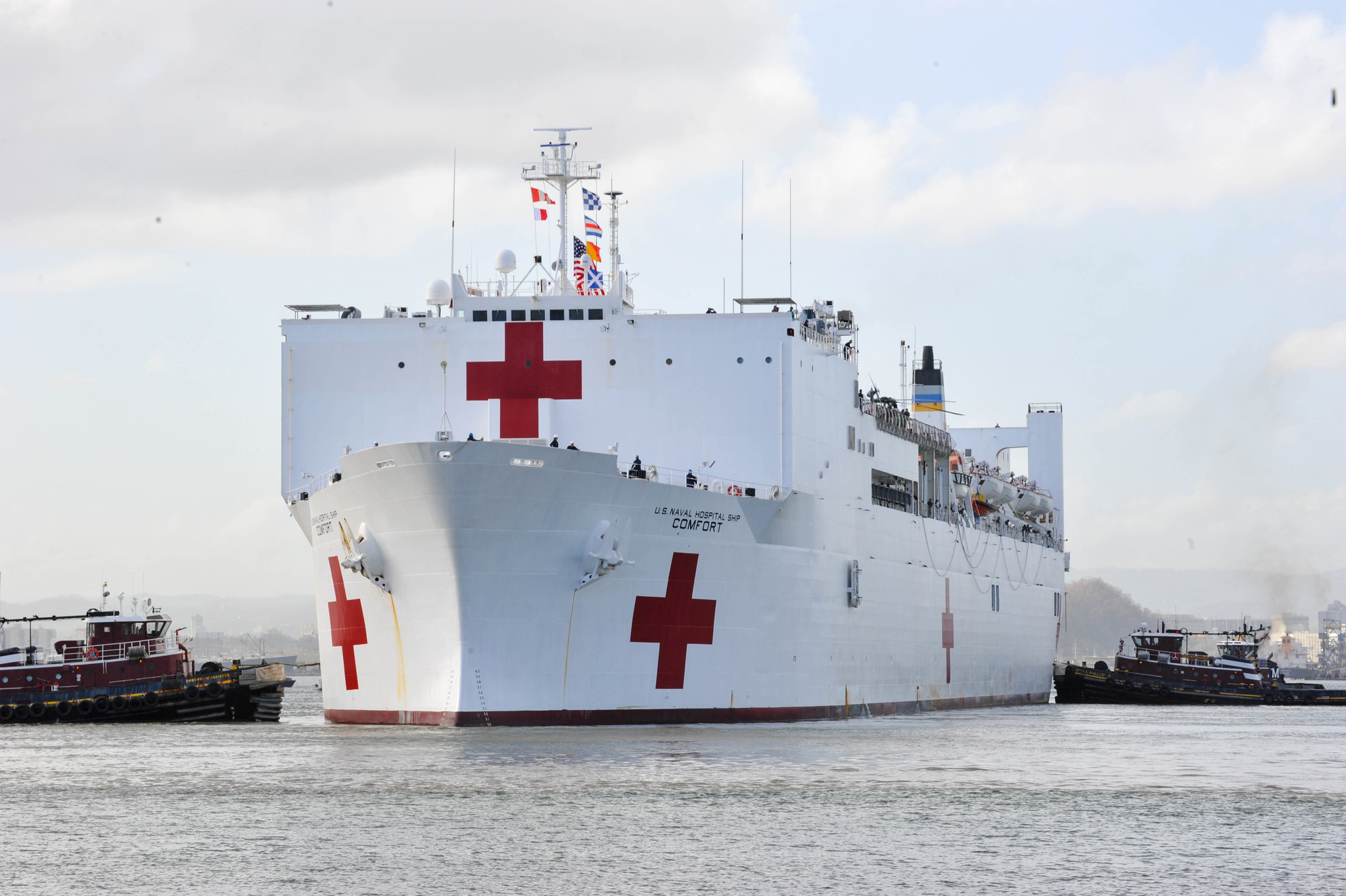 NY Harbor dredging underway to clear smooth arrival of USNS Comfort for its arrival in Manhattan next week
