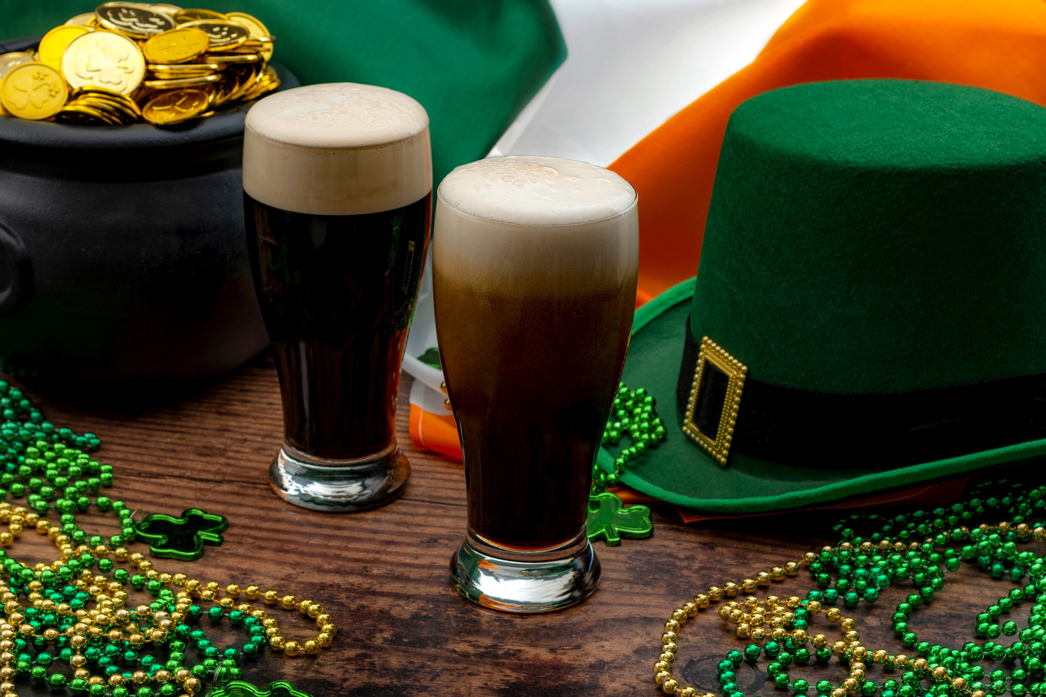 Woman killed, another injured in St. Patrick's Day shooting at Texas pub