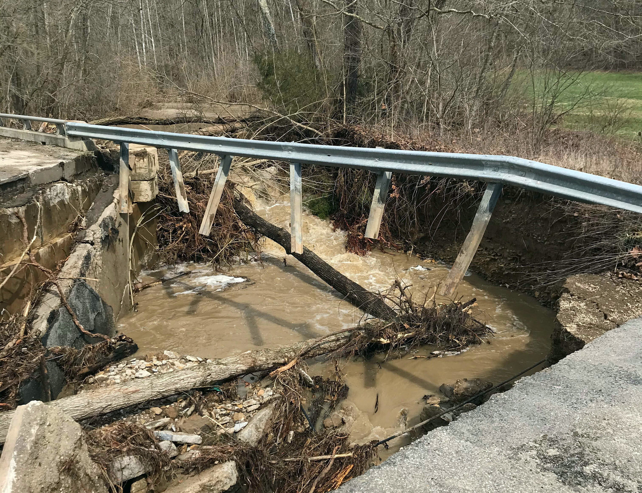 6 dead, including 3 children, after Indiana bridge collapses in floodwaters