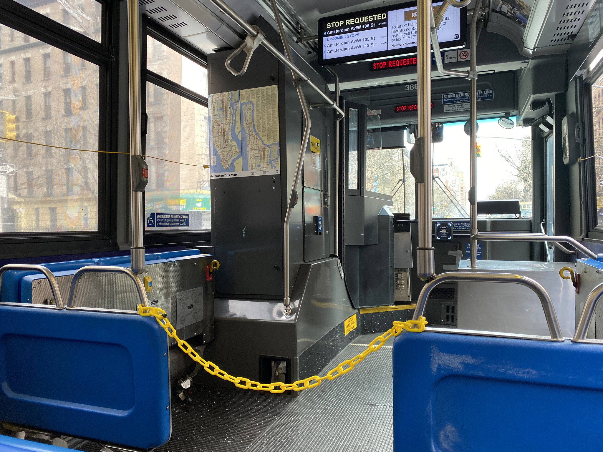 Yellow chains used to separate NYC bus riders from drivers, maintain distance amid coronavirus spread