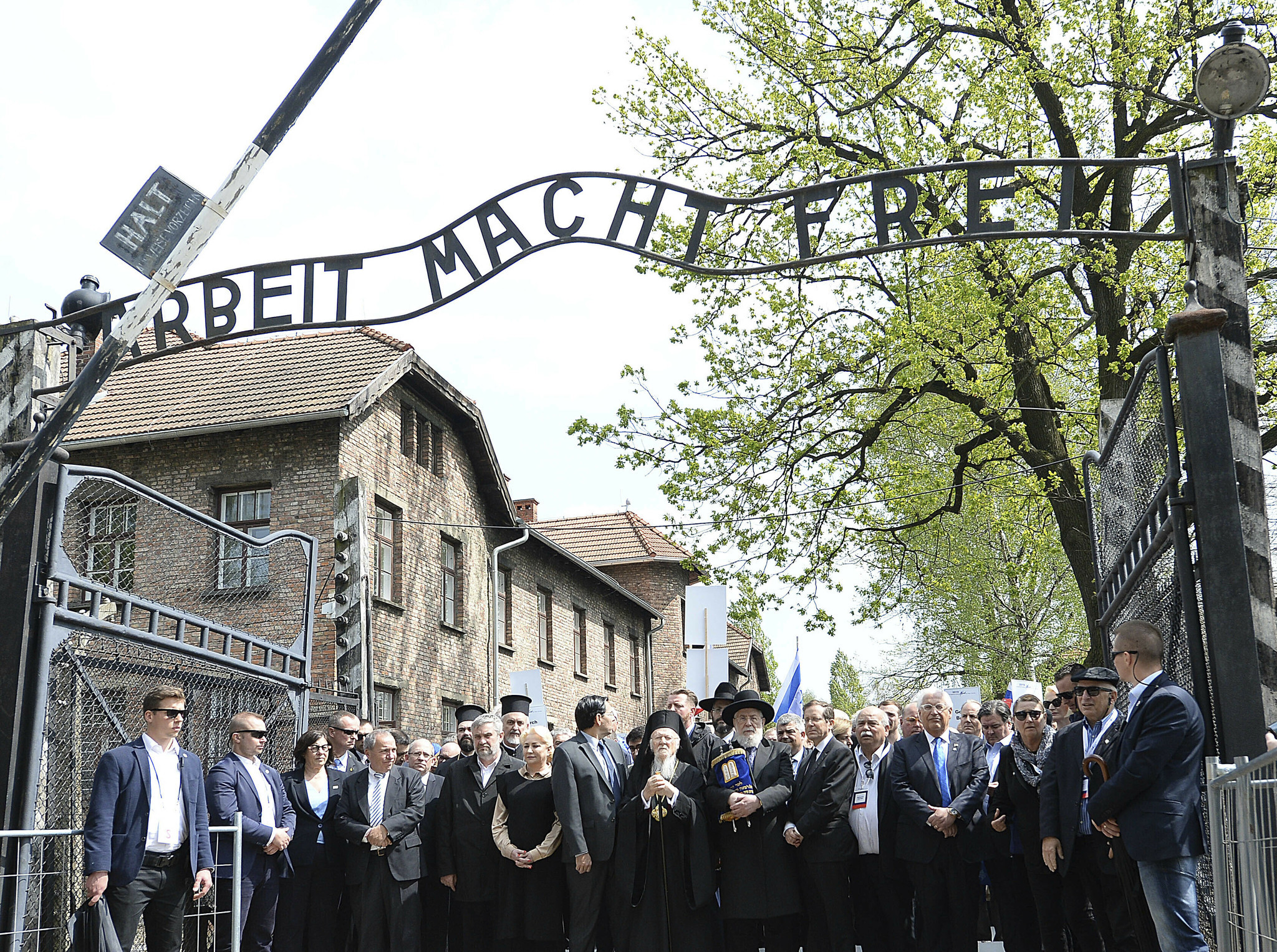 Last surviving German honored for saving Jews during Holocaust dead at 97