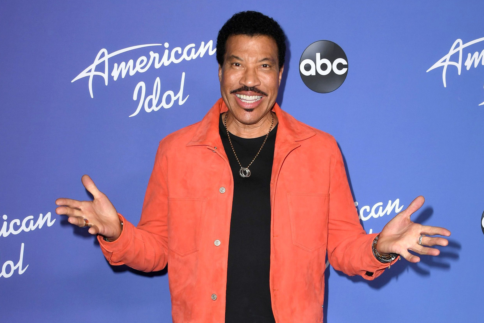 Amid coronavirus crisis, Lionel Richie considers reviving 1985 charity anthem 'We Are the World'