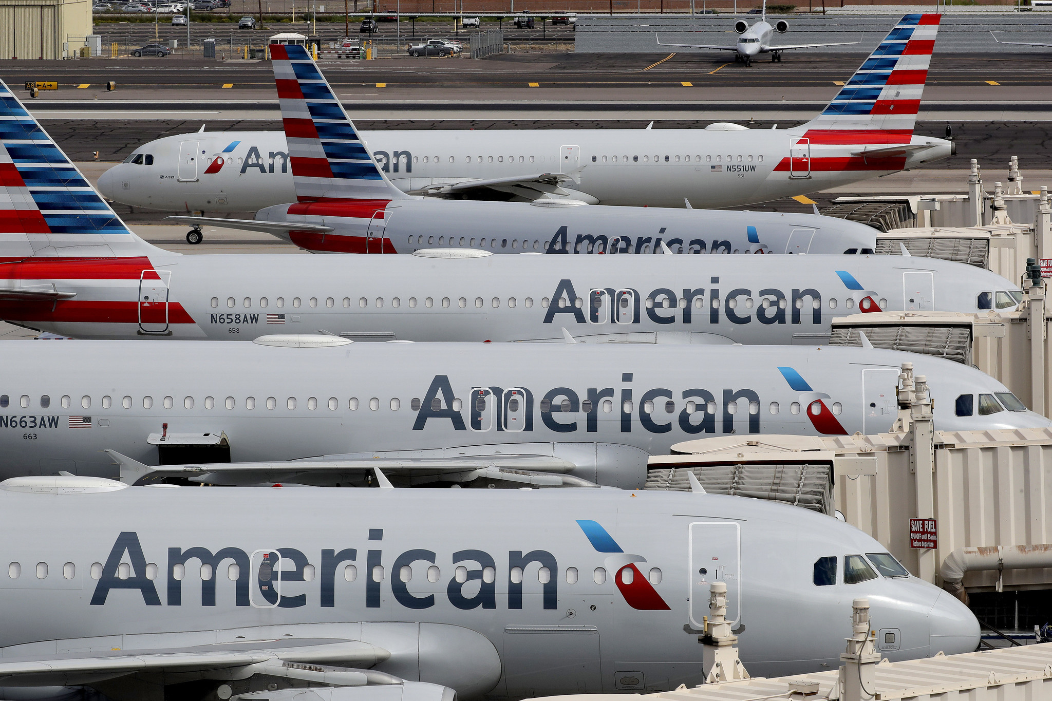 Long-time American Airlines flight attendant dies from coronavirus complications