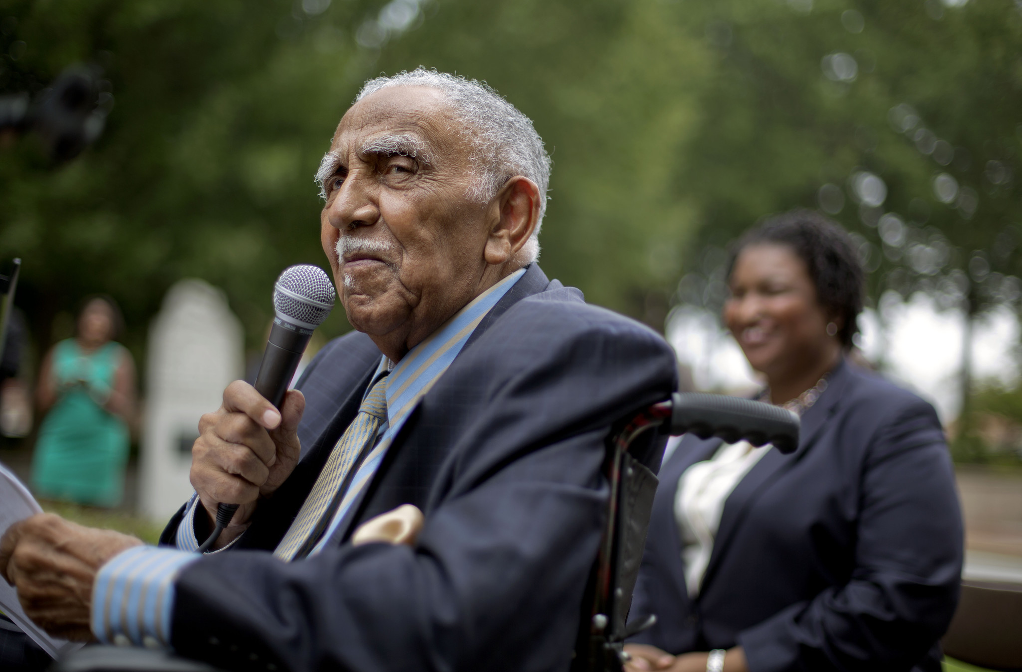 Rev. Joseph Lowery, 'Dean' of the civil rights movement, dies at 98