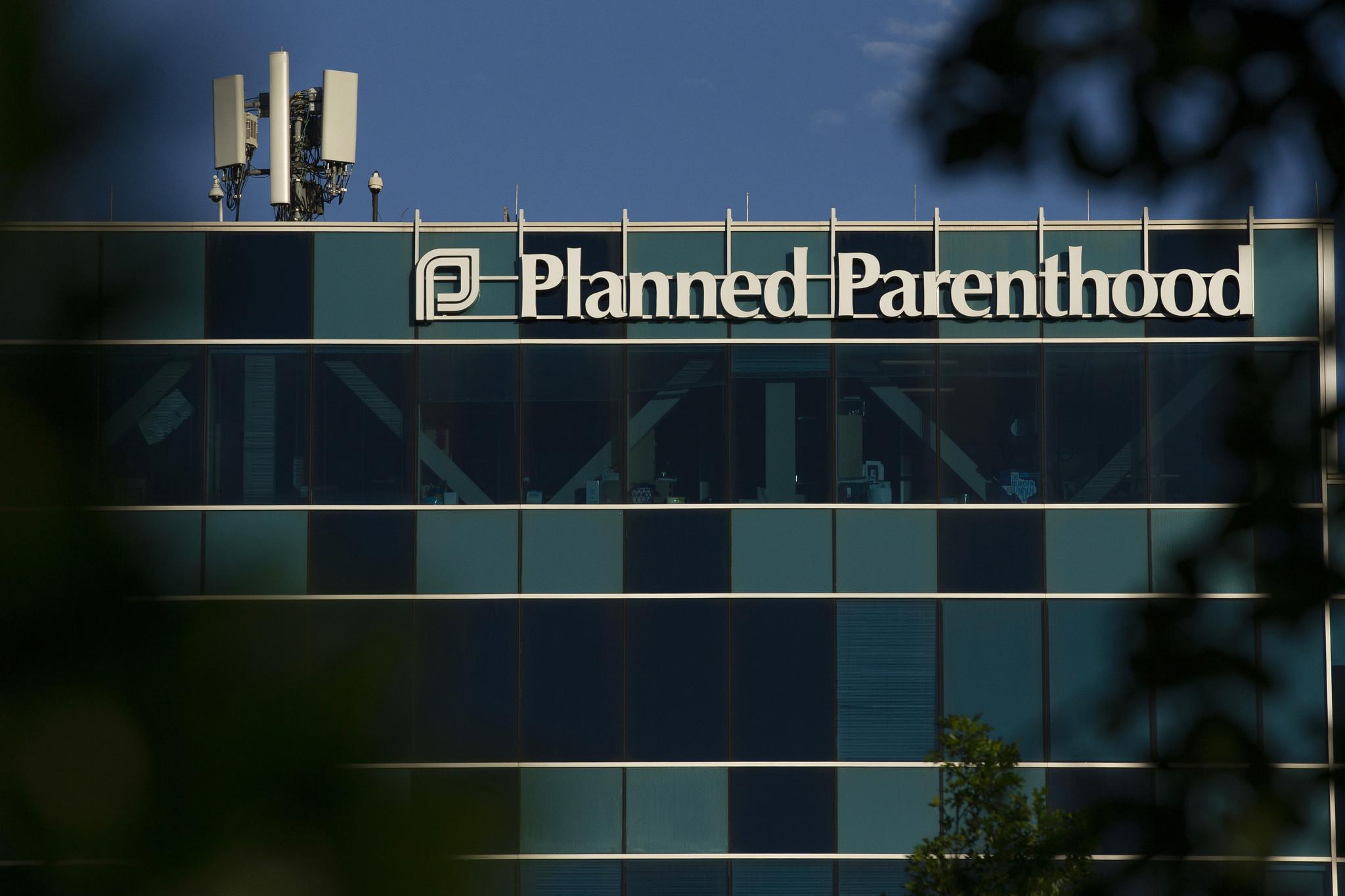 Judge blocks Texas from closing abortion clinics amid coronavirus pandemic