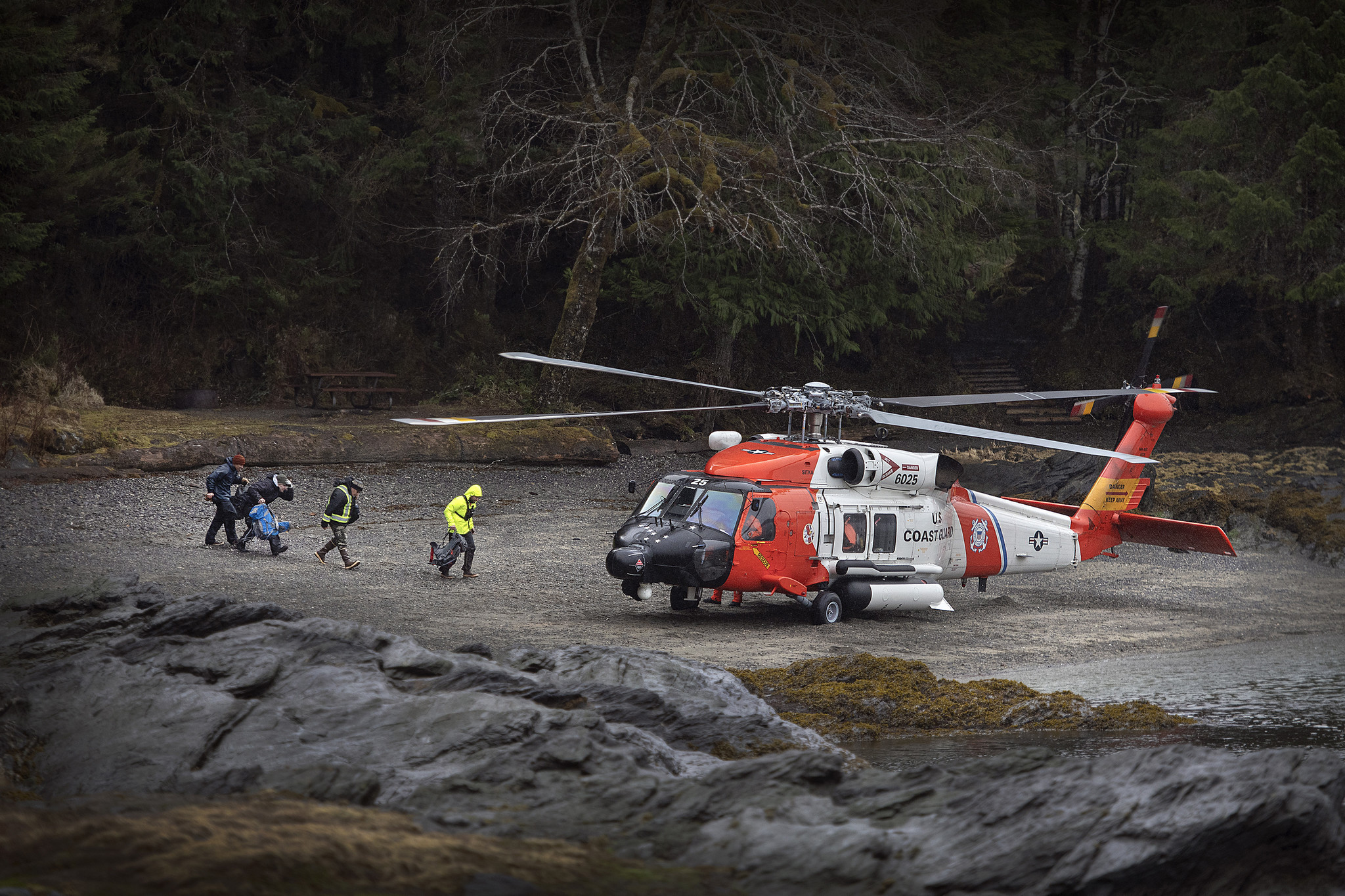 Searchers find body of 5-year-old boy lost on Alaskan hike