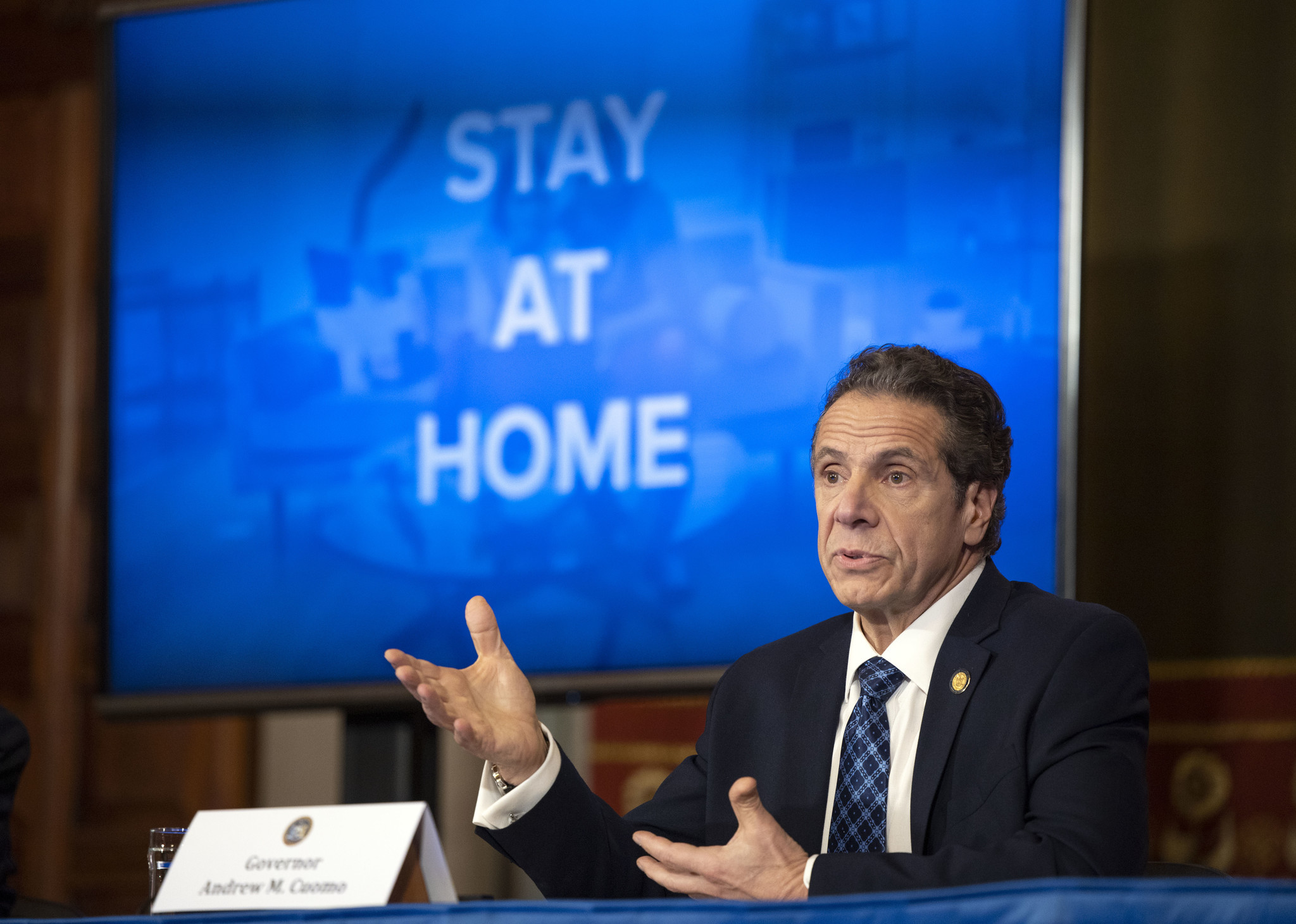 Cuomo extends 'New York on pause' order through end of April, as coronavirus claims another 599 lives overnight