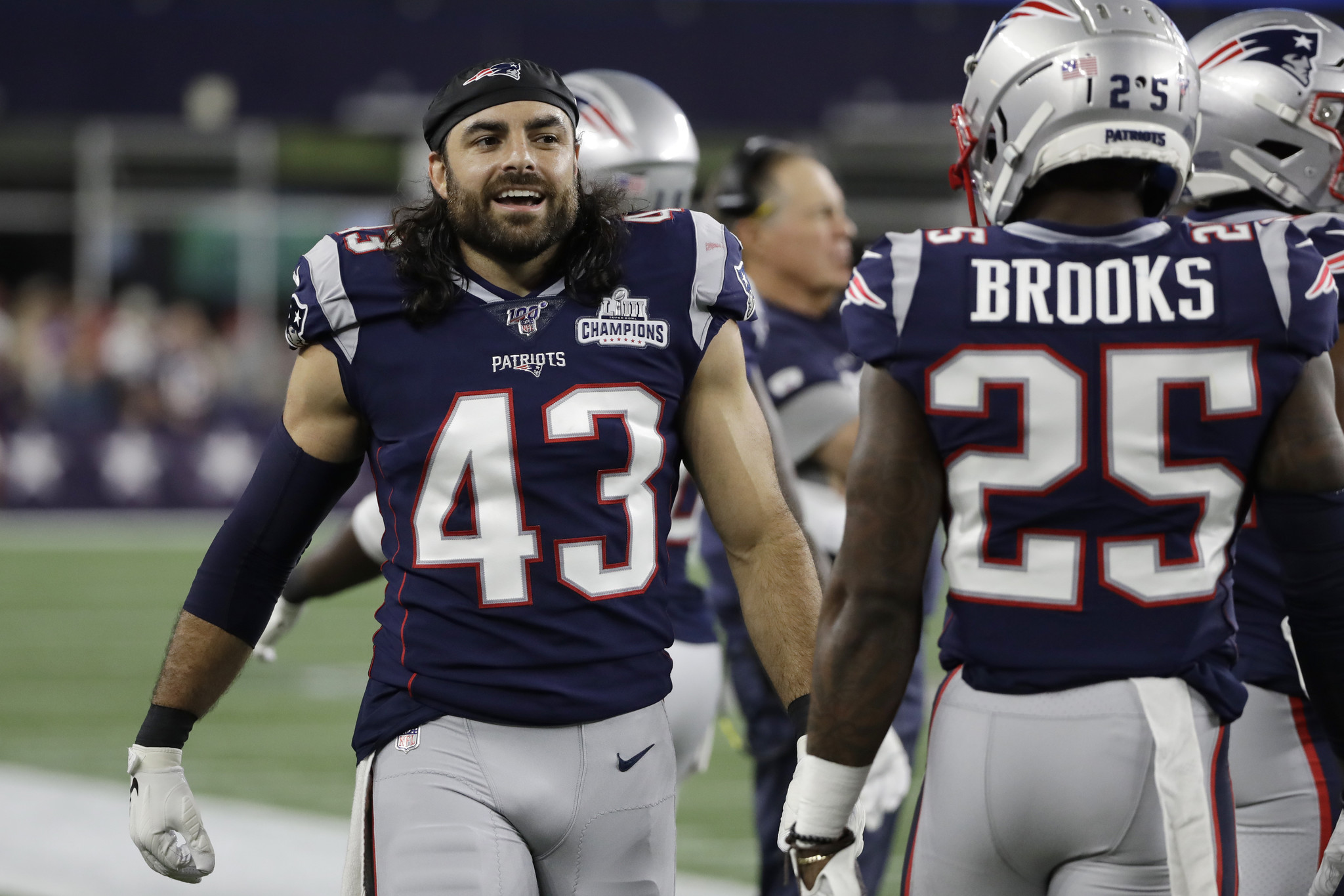 Nate Ebner provides early example of new 'Patriot Way' in Giants locker room