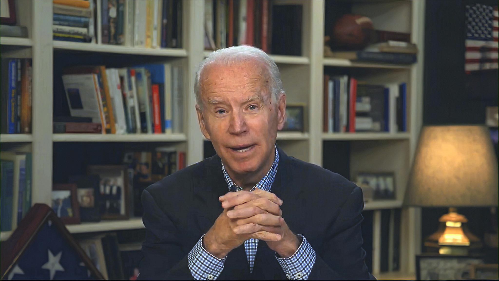 Biden offers to phone Trump to discuss coronavirus, calling White House bluff