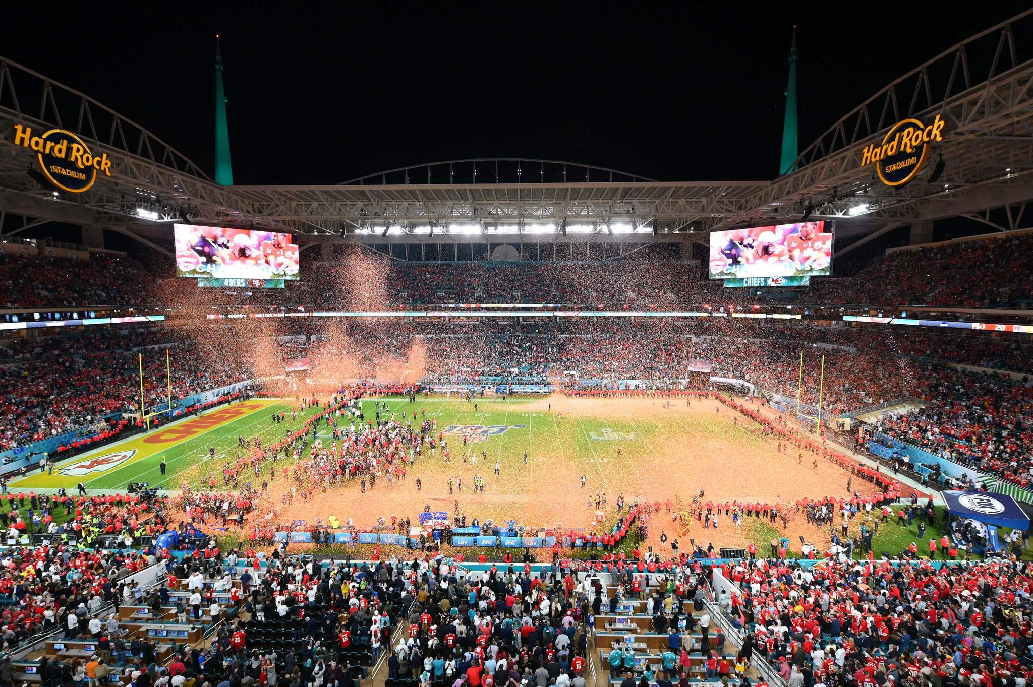 Coronavirus may have spread at Super Bowl in Miami, Florida governor says