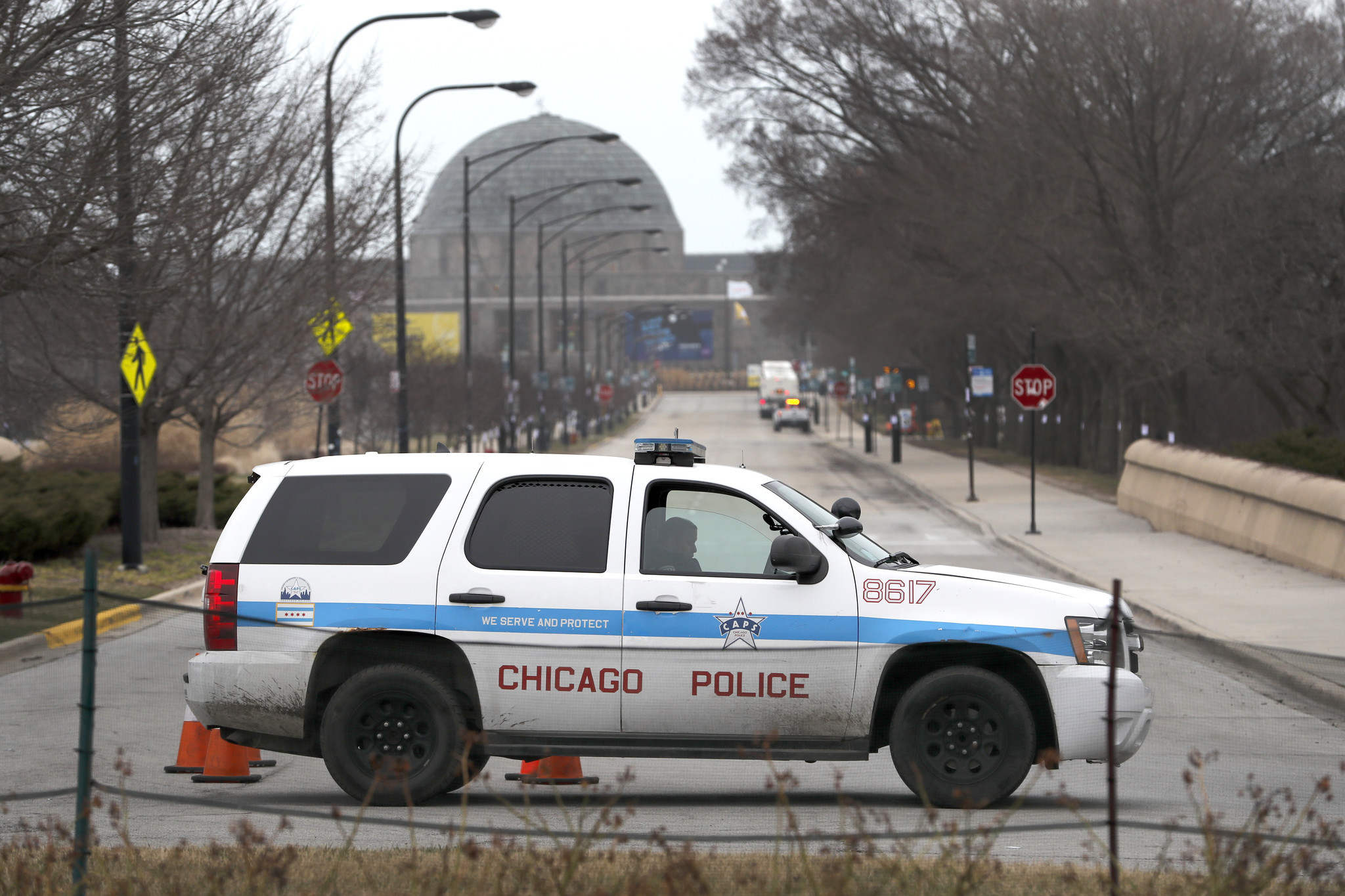 Chicago police officer dies of coronavirus, becoming department's first cop to succumb to illness