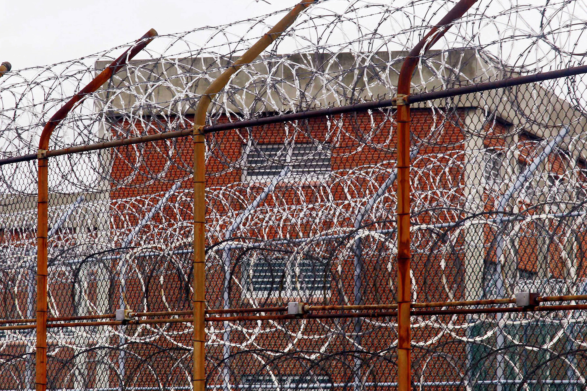 Coronavirus continues to spread in NYC jails despite dwindling inmate population