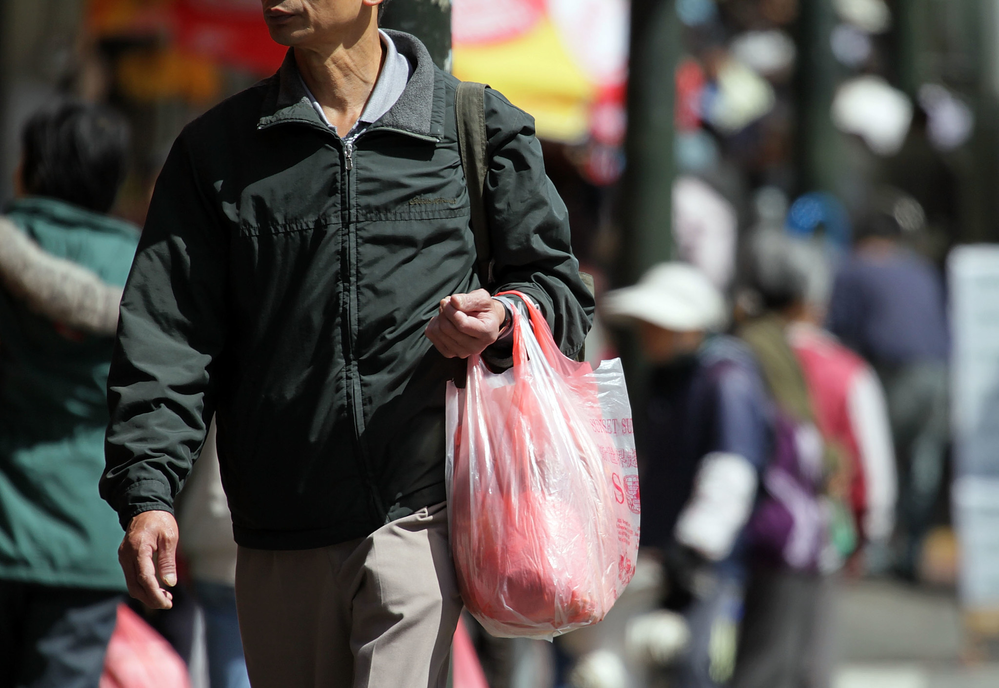 Plastic is back: San Francisco bans reusable grocery bags, 13 years after being first city to prohibit plastic ones