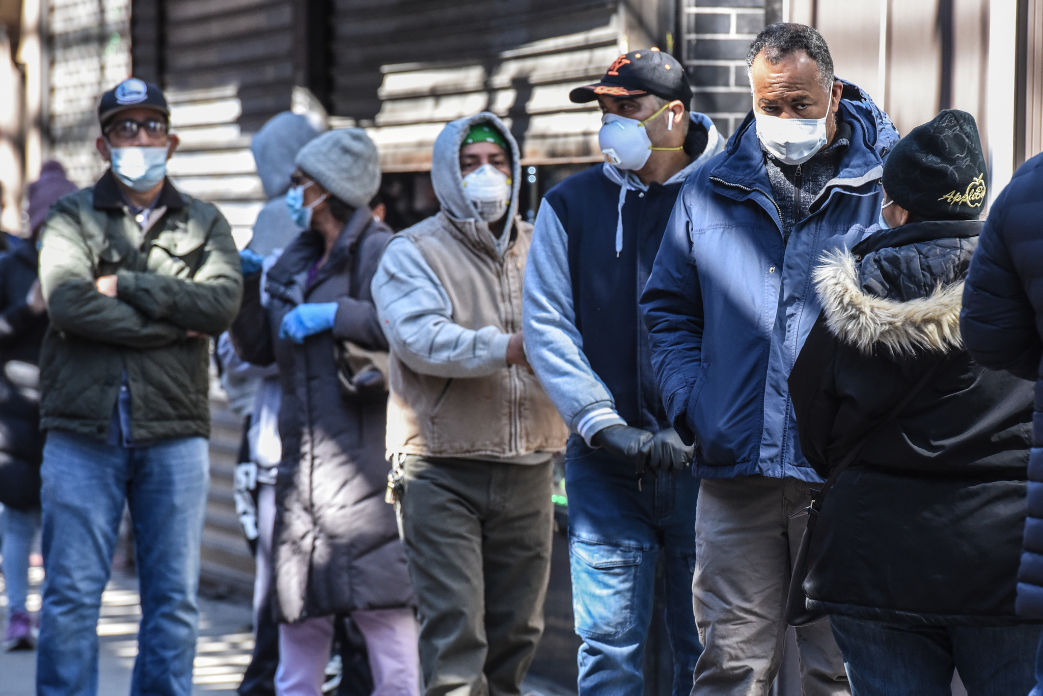 NYC residents told to cover mouth, nose with scarves, bandannas or clothing when in public to stop coronavirus spread