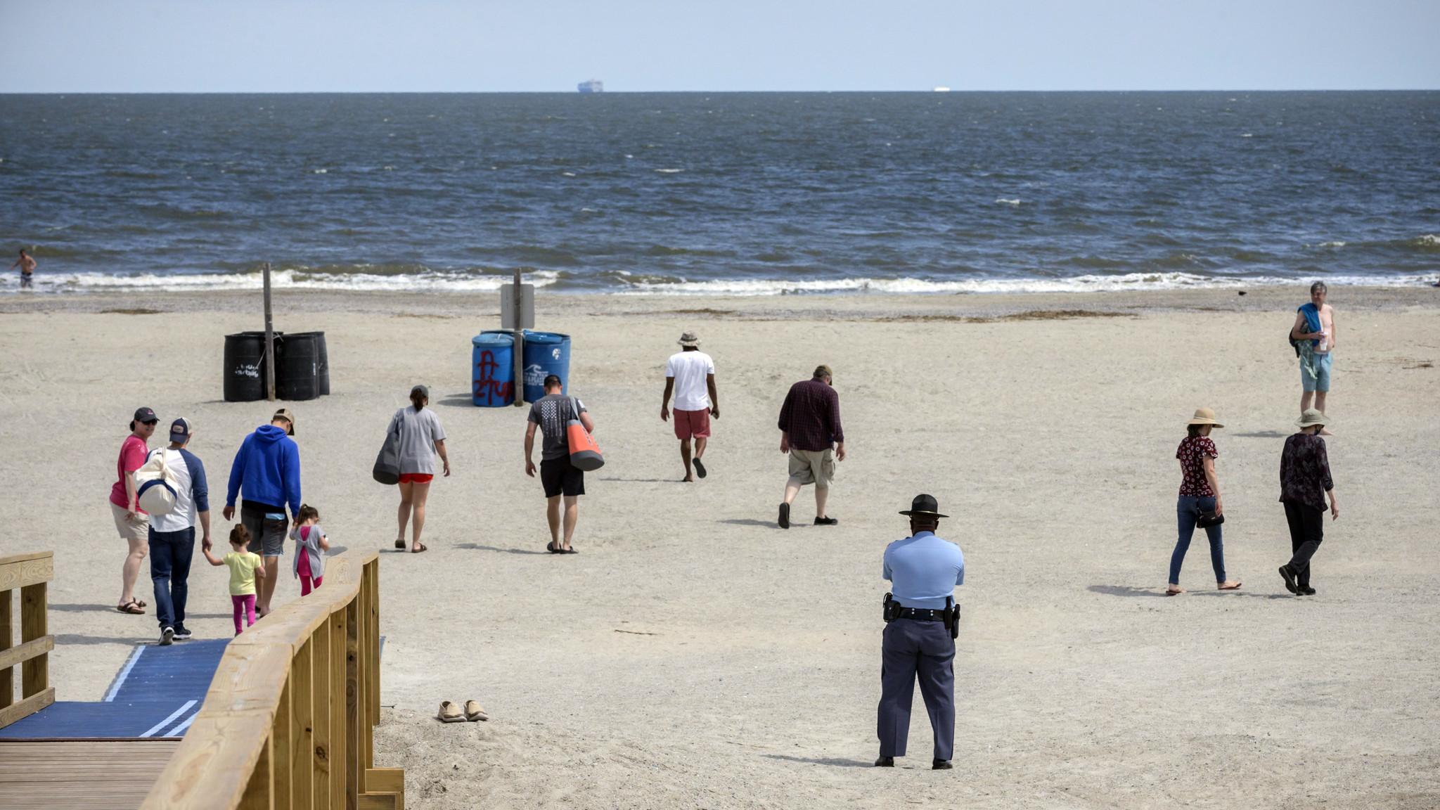 Georgia governor re-opens beaches despite coronavirus lockdown, but Tybee Beach mayor opposes decision