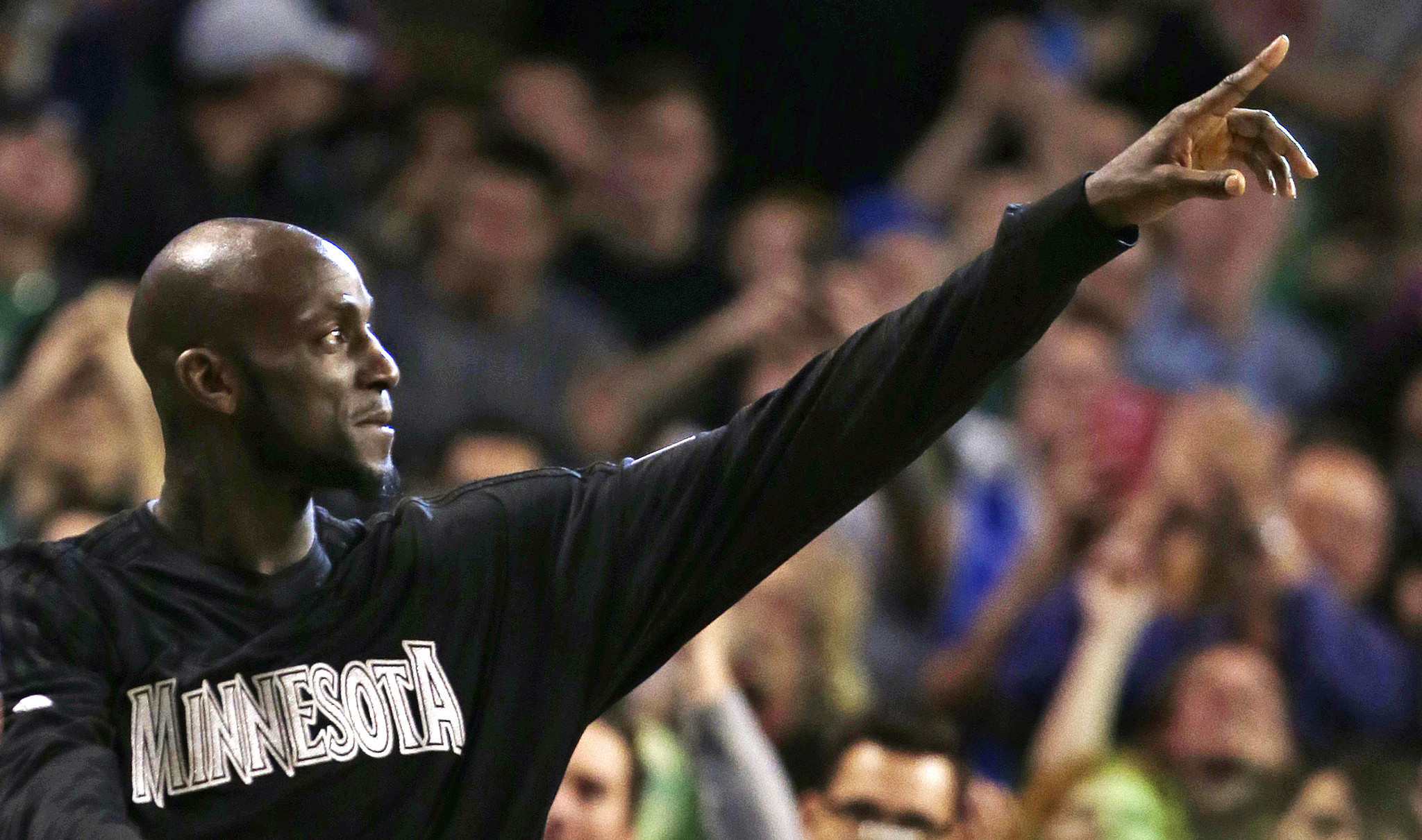 Hall of Fame inductee Kevin Garnett is absolutely not on good terms with Timberwolves owner Glen Taylor