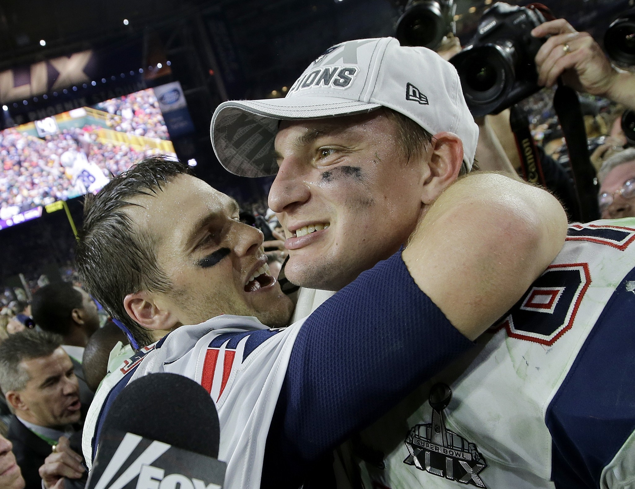 Can Rob Gronkowski and Tom Brady rekindle their magic for the Buccaneers?