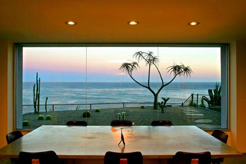 Charles Arnoldi S Malibu Beach House The Ultimate Artist